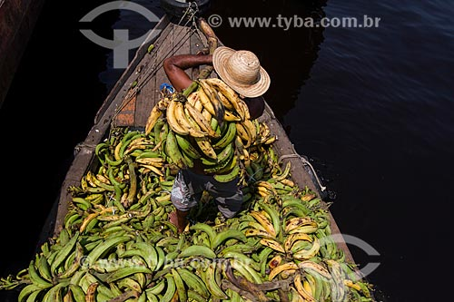 Transporte de banana no Rio Negro  - Manaus - Amazonas (AM) - Brasil