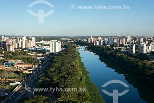 Vista geral da cidade de Teresina com a Avenida Raul Lopes - à esquerda - e o Rio Poti  - Teresina - Piauí (PI) - Brasil