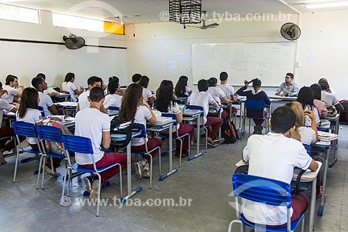 Alunos do Colégio Estadual Zacarias de Góis - mais conhecido como Liceu Piauiense - instalados temporariamente na Unidade Escolar Anísio de Abreu  - Teresina - Piauí (PI) - Brasil