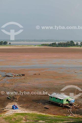 Vista geral de trecho do Lago do Aleixo - afluente do Rio Amazonas - durante o período de seca  - Manaus - Amazonas (AM) - Brasil