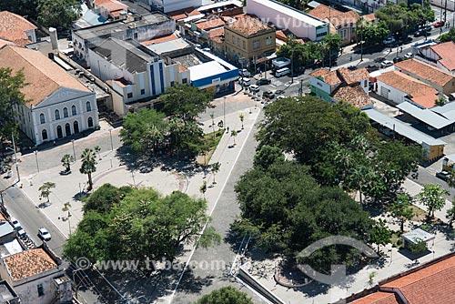 Foto aérea da Praça Dom Pedro II com a Teatro Quatro de Setembro (1894) e o Cine Rex (1939)  - Teresina - Piauí (PI) - Brasil