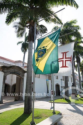 Bandeiras hasteadas na entrada do Museu Histórico Nacional  - Rio de Janeiro - Rio de Janeiro (RJ) - Brasil