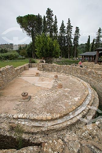 Ruínas da latrina na Villa Romana del Casale - antiga palácio construído no século IV  - Piazza Armerina - Província de Enna - Itália