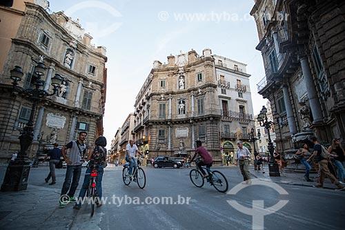 Piazza Vigliena - Praça Vigliena mais conhecida como Quattro Canti (Quatro Cantos) - cruzamento entre a Via Vittorio Emanuele e a Via Maqueda  - Palermo - Província de Palermo - Itália