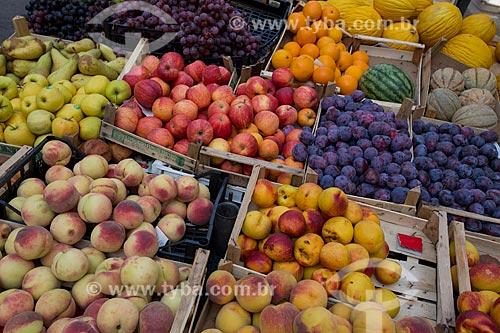 Frutas à venda em feira livre na cidade de Cefalù  - Cefalù - Província de Palermo - Itália