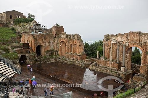 Vista geral do Teatro Antico di Taormina (Antigo Teatro de Taormina) - Século II  - Taormina - Província de Messina - Itália