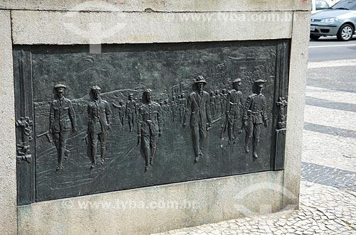 Placa reproduzindo a marcha dos 18 do Forte na base do Monumento aos Dezoito do Forte  - Rio de Janeiro - Rio de Janeiro (RJ) - Brasil