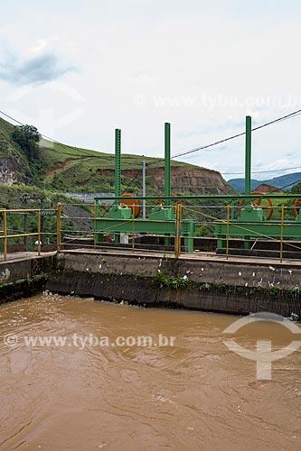 Represa da Usina Hidrelétrica de Marmelos - primeira grande usina hidrelétrica da América do Sul  - Juiz de Fora - Minas Gerais (MG) - Brasil