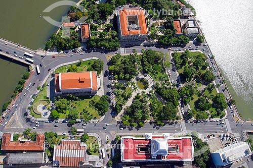 Foto aérea da Praça da República com o Teatro Santa Isabel (1850) e o Palácio da Justiça (1930) - sede do Tribunal de Justiça de Pernambuco  - Recife - Pernambuco (PE) - Brasil
