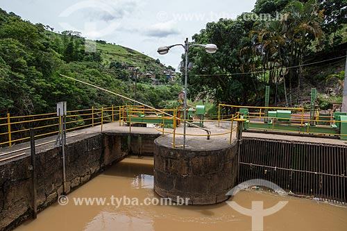Represa da Usina Hidrelétrica de Marmelos (1889) - primeira grande usina hidrelétrica da América do Sul  - Juiz de Fora - Minas Gerais (MG) - Brasil