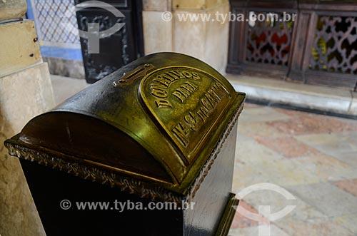 Caixa de donativos na Igreja de Nossa Senhora do Monte do Carmo ou Igreja da Ordem Terceira do Carmo (1770)  - Rio de Janeiro - Rio de Janeiro (RJ) - Brasil