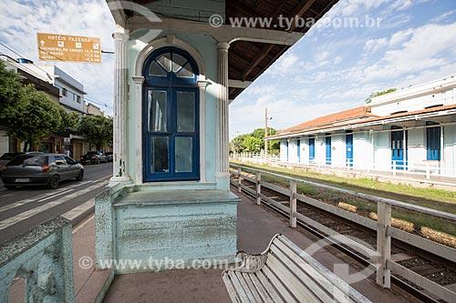 Antiga estação de trem de Paraíba do Sul (século XIX) - hoje abriga o Centro Municipal de Cultura Professora Maria de Lourdes Tavares Soares  - Paraíba do Sul - Rio de Janeiro (RJ) - Brasil