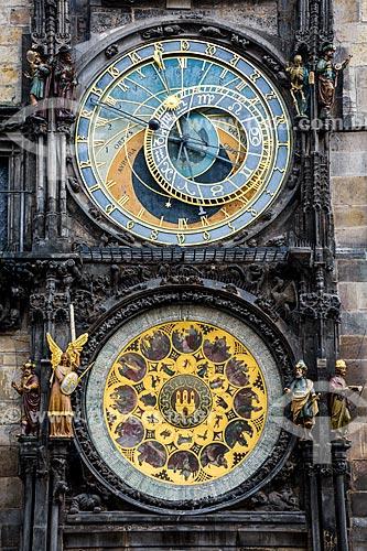 Detalhe da torre do relógio astronômico na Prefeitura da Cidade Velha de Praga  - Praga - Região da Boêmia Central - República Tcheca