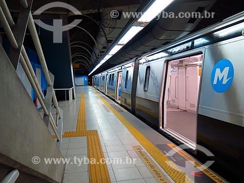 Metrô do Metrô Rio parado na estação  - Rio de Janeiro - Rio de Janeiro (RJ) - Brasil