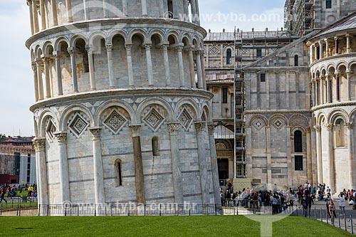 Detalhe da torre pendente di Pisa (1174) - a torre pendente de Pisa é campanário da Catedral de Pisa  - Pisa - Província de Pisa - Itália