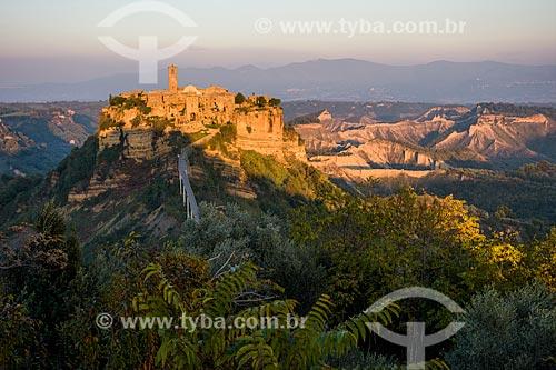 Vista geral da Civita de Bagnoregio - antigo centro da cidade de Bagnoregio, praticamente abandonada por causa da erosão  - Bagnoregio - Província de Viterbo - Itália