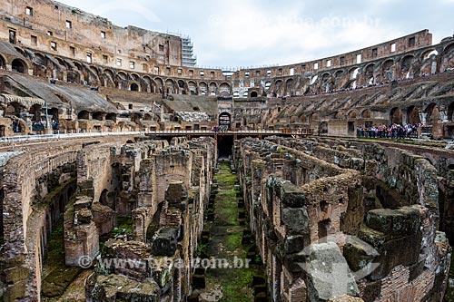 Interior do Coliseu - também conhecido como Anfiteatro Flaviano  - Roma - Província de Roma - Itália