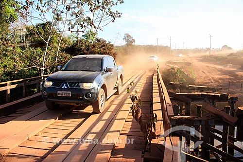 Ponte de madeira próximo à Rodovia RO-480  - Ji-Paraná - Rondônia (RO) - Brasil