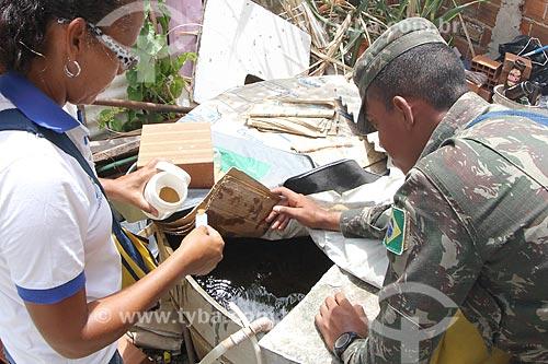 Soldado no combate ao mosquito Aedes aegypti  - Recife - Pernambuco (PE) - Brasil