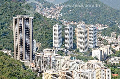 Vista dos prédios do bairro do Botafogo a partir do Morro da Urca com a Torre do Rio Sul à esquerda   - Rio de Janeiro - Rio de Janeiro (RJ) - Brasil