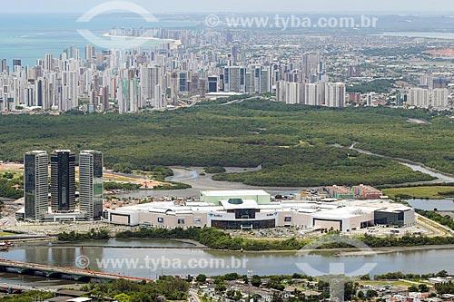 Foto aérea do Shopping Rio Mar com o Parque dos Manguezais  - Recife - Pernambuco (PE) - Brasil
