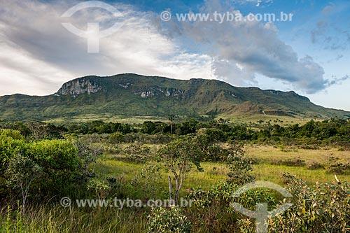 Vista do Morro da Baleia a partir do Rodovia GO-239  - Alto Paraíso de Goiás - Goiás (GO) - Brasil
