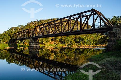 Ponte treliçada sobre o Rio Pomba  - Palma - Minas Gerais (MG) - Brasil