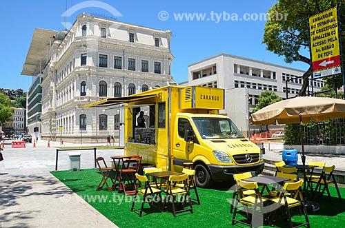 Food Trucks no Praça Mauá com o Museu de Arte do Rio (MAR) ao fundo  - Rio de Janeiro - Rio de Janeiro (RJ) - Brasil