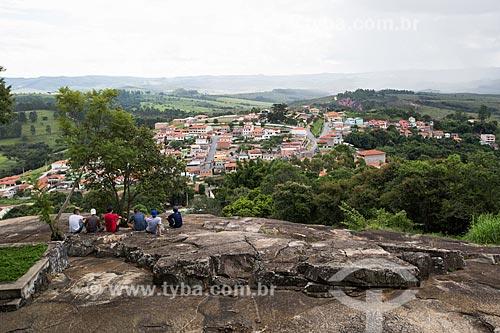 Jovens no Mirante das Lajes  - Resende Costa - Minas Gerais (MG) - Brasil