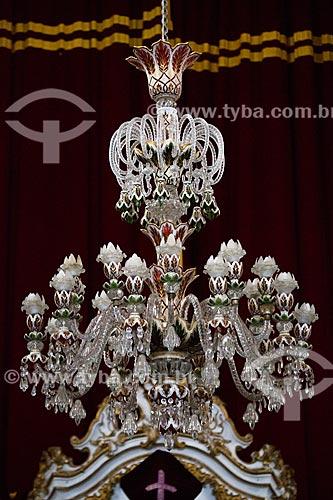Lustre em cristal Baccarat no interior da Igreja de São Francisco de Assis (1774) - modelo igual ao do Museu do Louvre e doado por Dom João VI  - São João del Rei - Minas Gerais (MG) - Brasil