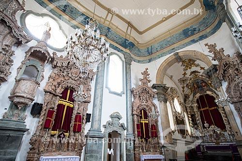 Altar da Igreja de São Francisco de Assis (1774) entalhados em cedro-rosa e folheados em prata - projeto de Aleijadinho e execução de João Pinheiro  - São João del Rei - Minas Gerais (MG) - Brasil