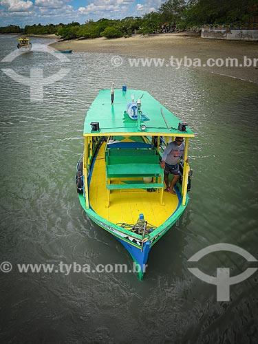 Barco de transporte típico da região  - Galinhos - Rio Grande do Norte (RN) - Brasil
