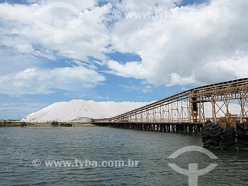 Produção de sal em Galinhos  - Galinhos - Rio Grande do Norte (RN) - Brasil