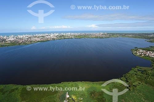 Foto aérea da Lagoa Olho Dágua - também conhecida como Lagoa do Náutico  - Jaboatão dos Guararapes - Pernambuco (PE) - Brasil