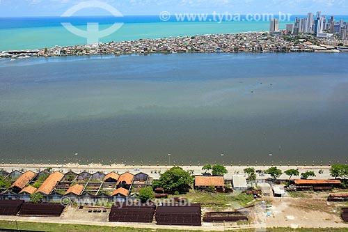 Vista de cima do Cais José Estelita com Brasília Teimosa ao fundo  - Recife - Pernambuco (PE) - Brasil