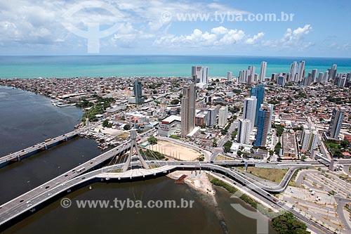 Ponte estaiada ligando a Via Mangue à Ponte Governador Paulo Guerra  - Recife - Pernambuco (PE) - Brasil
