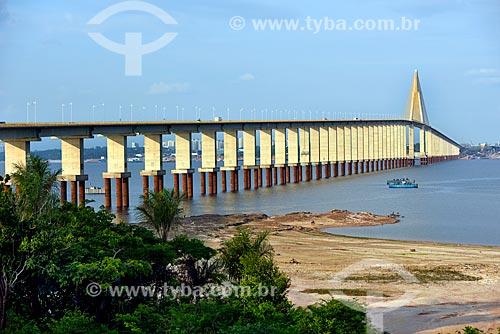 Vista geral da Ponte Rio Negro (2011) - liga as cidades de Manaus e Iranduba  - Manaus - Amazonas (AM) - Brasil