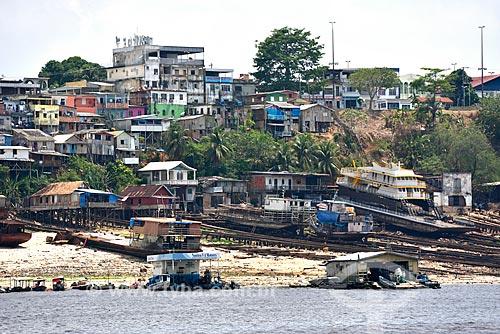 Estaleiros para reparo de barcos e casas no bairro de Educandos  - Manaus - Amazonas (AM) - Brasil