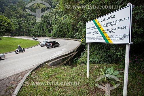 Trecho da Rodovia Régis Bittencourt (BR-116) no Vale do Garrafão  - Guapimirim - Rio de Janeiro (RJ) - Brasil