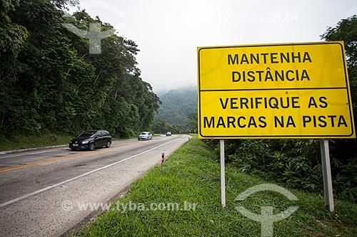 Trecho da Rodovia Régis Bittencourt (BR-116) no Parque Nacional da Serra dos Órgãos  - Teresópolis - Rio de Janeiro (RJ) - Brasil