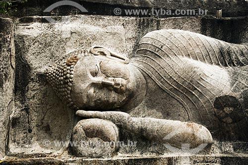 Escultura no Templo budista de Raja Maha Vihara  - Distrito de Anuradhapura - Província Centro-Norte - Sri Lanka