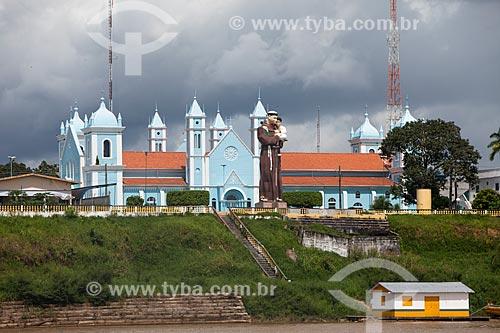 Vista da Igreja Matriz de Santo Antonio de Pádua - onde ocorre a Festa de Santo Antônio de Borba - a partir do Rio Madeira  - Borba - Amazonas (AM) - Brasil