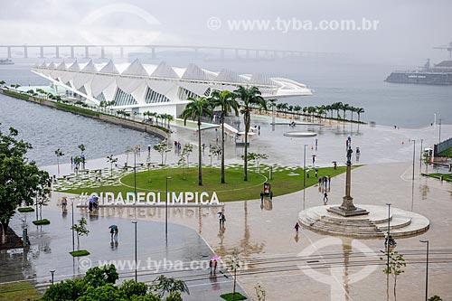 Vista da Praça Mauá e do Museu do Amanhã a partir do Museu de Arte do Rio (MAR)  - Rio de Janeiro - Rio de Janeiro (RJ) - Brasil