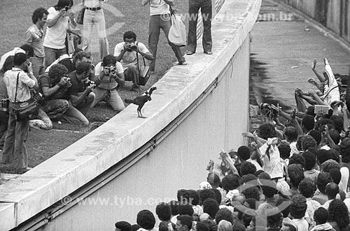 Torcida do Flamengo na geral do Estádio Jornalista Mário Filho (1950) - mais conhecido como Maracanã  - Rio de Janeiro - Rio de Janeiro (RJ) - Brasil