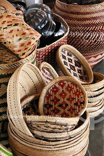 Detalhe de artesanato em palha  - Parintins - Amazonas (AM) - Brasil
