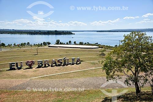 Parque Ecológico Ermida Dom Bosco - Lago Paranoá ao fundo  - Brasília - Distrito Federal (DF) - Brasil