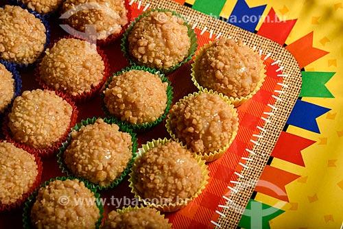 Brigadeiro de Paçoca - Doce típico da culinária brasileira  - Rio de Janeiro - Rio de Janeiro (RJ) - Brasil