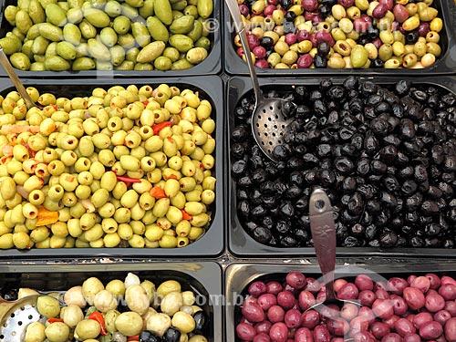 Azeitonas à venda no Albert Cuyp Markt  - Amsterdam - Holanda do Norte - Holanda