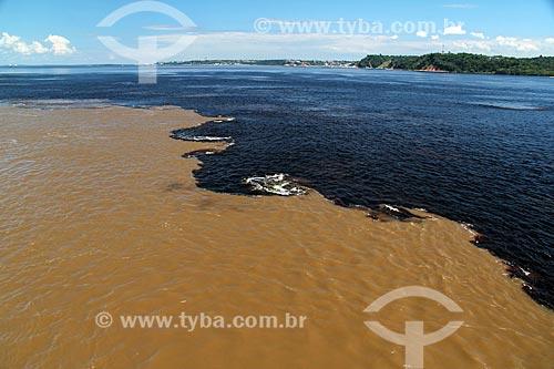 Encontro das águas do Rio Negro e Rio Solimões  - Manaus - Amazonas (AM) - Brasil