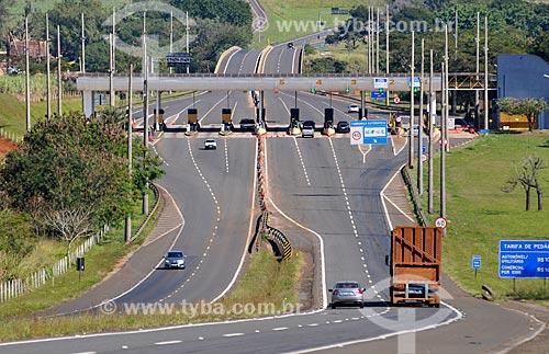 Pedágio na Rodovia Comandante João Ribeiro de Barros - Rodovia SP-225  - Jaú - São Paulo (SP) - Brasil